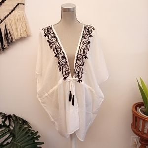 Other - NWT Embroidered beach cover up OS
